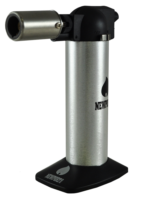 Picture of NEWPORT ZERO SILVER TORCH LIGHTER 6 INCHES